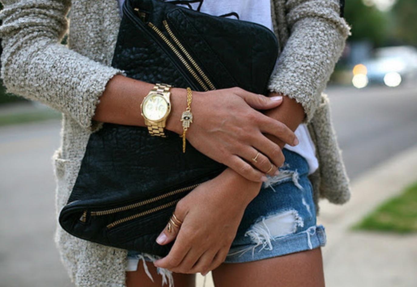 С чем носить часы свотч